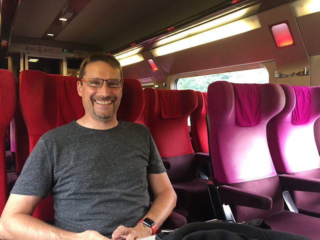 Kaffesoester's husband on the Thalys train to Paris