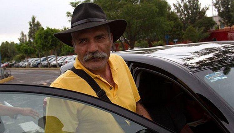 José Manuel Mireles obtiene libertad condicional