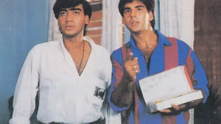 ajay devgan and akshay kumar in film Suhaag