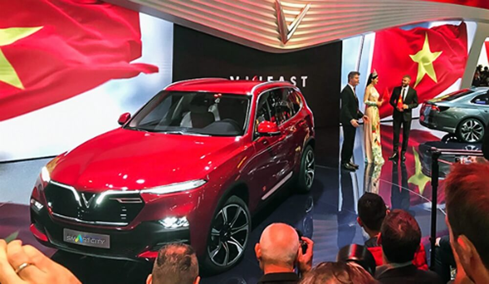 Sự kiện ra mắt thương hiệu ô tô Vinfast tại triển lãm motoshow Paris