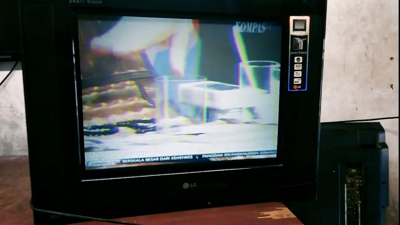 TV LG Slim Gambar Double Warna Pelangi (RGB Split)