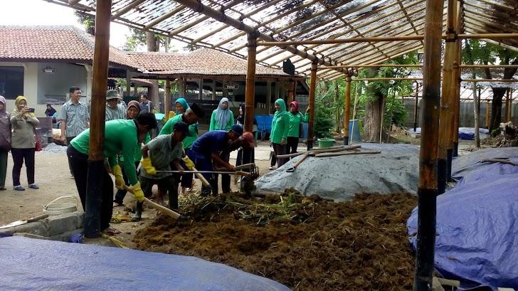 Wow! Petani Gunungkidul Belajar Mengolah Pupuk di GL Zoo