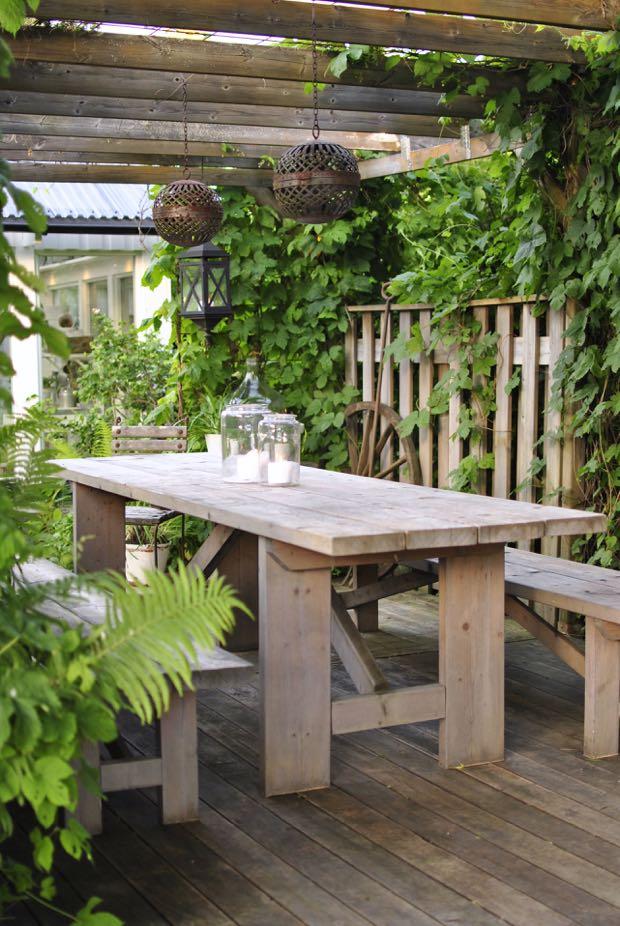 pergola trädgård uteplats matbord hannashantverk.blogspot.se
