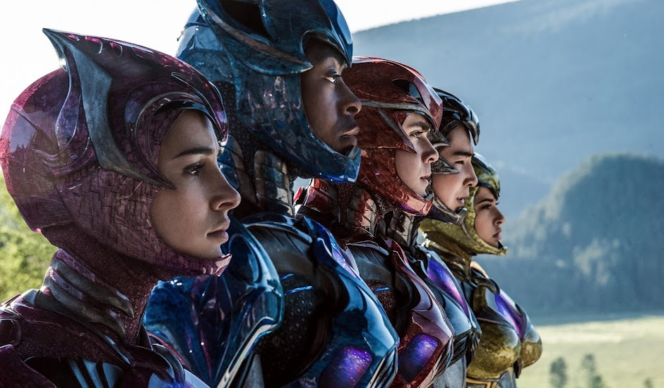 Power Rangers: O Filme | Imagens inéditas apresentam trajes dos heróis e os Zords