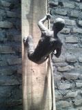 patung panjat tebing
