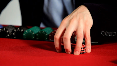 Technique in playing poker