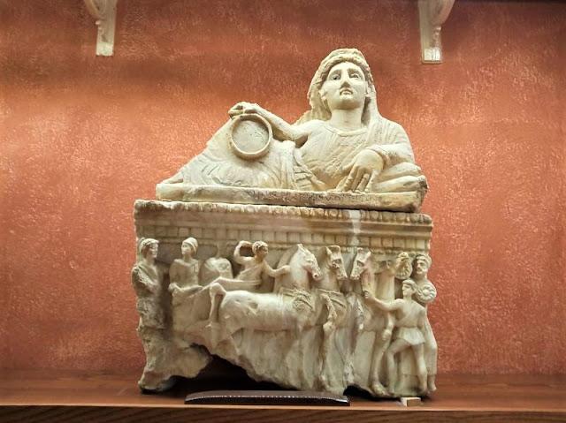 urna funeraria nel museo Guarnacci