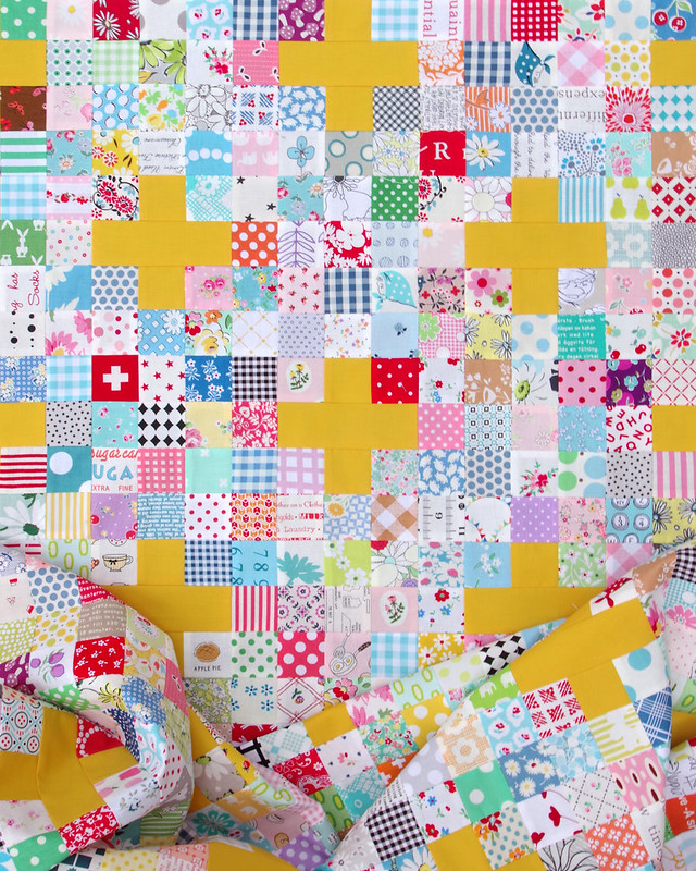 Scrappy Cross Quilt and Tutorial | © Red Pepper Quilts 2020