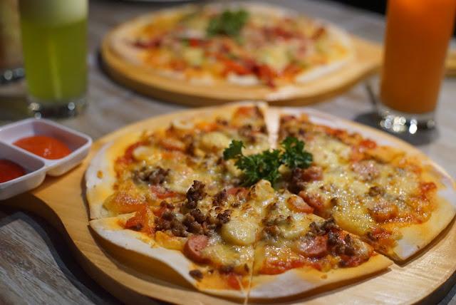 Meat lover Pizza dari TeraPizza siap di santap