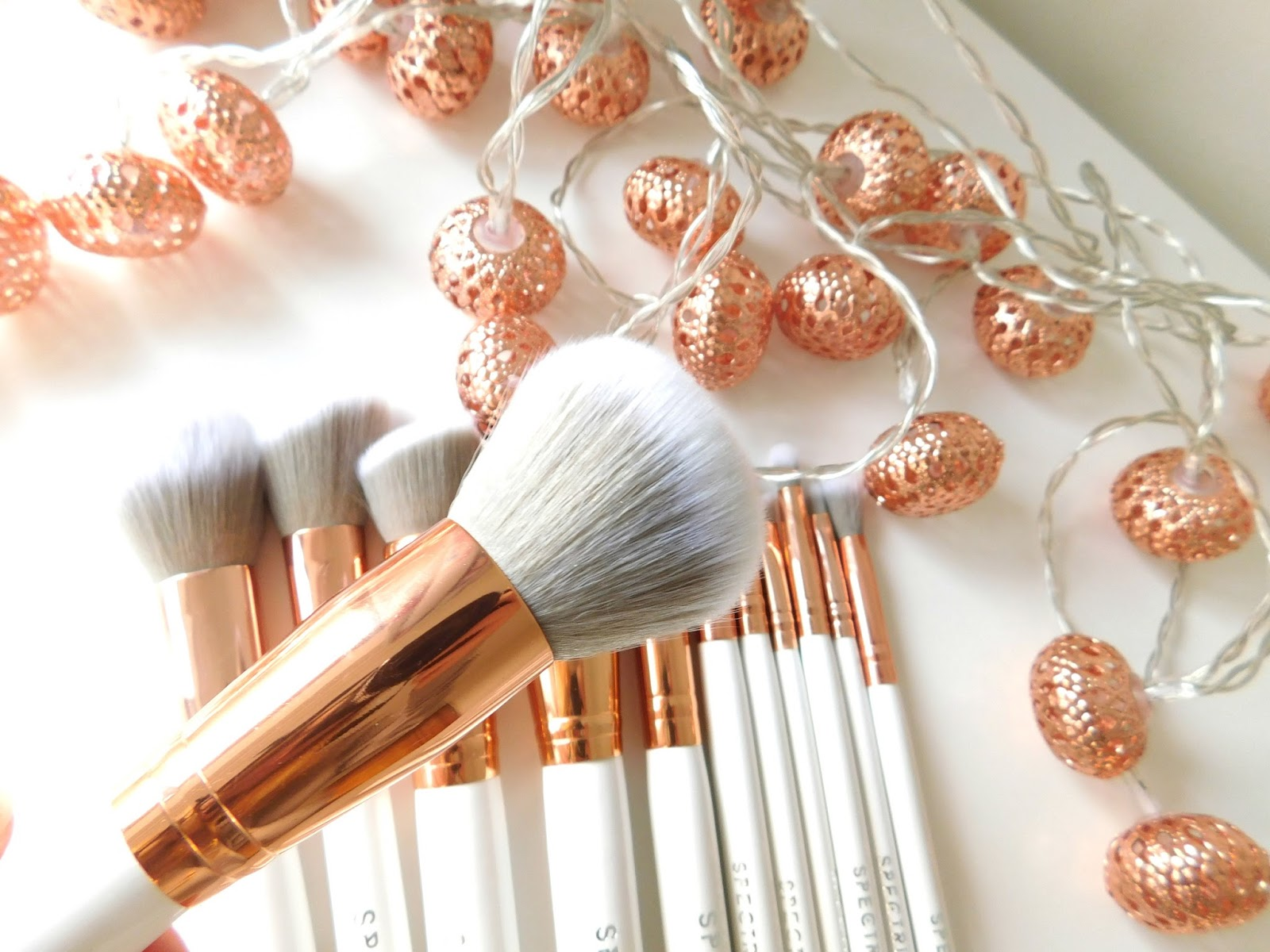Spectrum Brushes, Makeup Brushes, Review, Spectrum White Marbleous Set