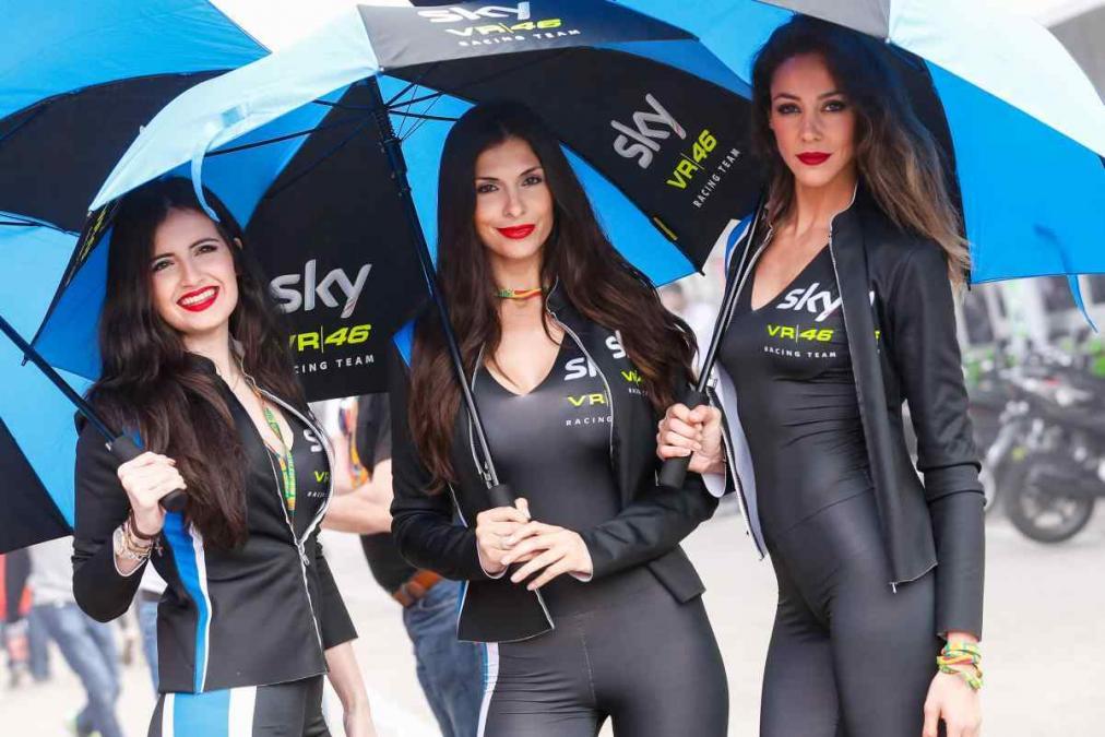 beautiful amp hot paddock girls from spain gp real riders
