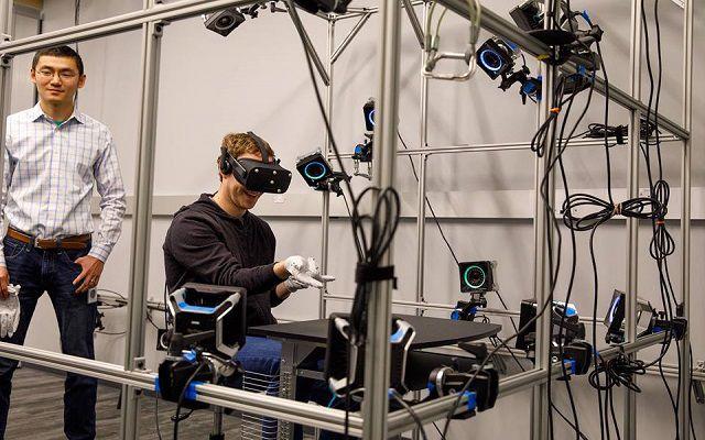 Mark Zuckerberg Reveals off Oculus Gloves for Typing in VR