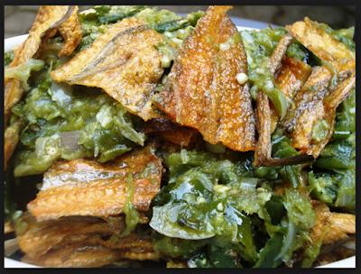 pada kesempatan kali ini saya akan membagikan artikel tentang  Resep Ikan Asin Cabe Ijo