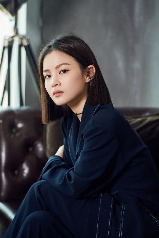 Singer LEE HI confirmed to leave YG Entertainment as her contract come to the end.