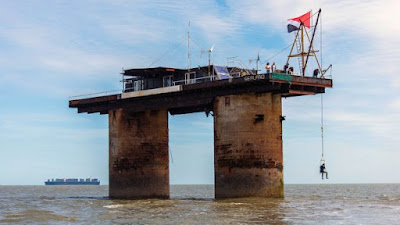 Tiniest Country Sealand, Sealand,