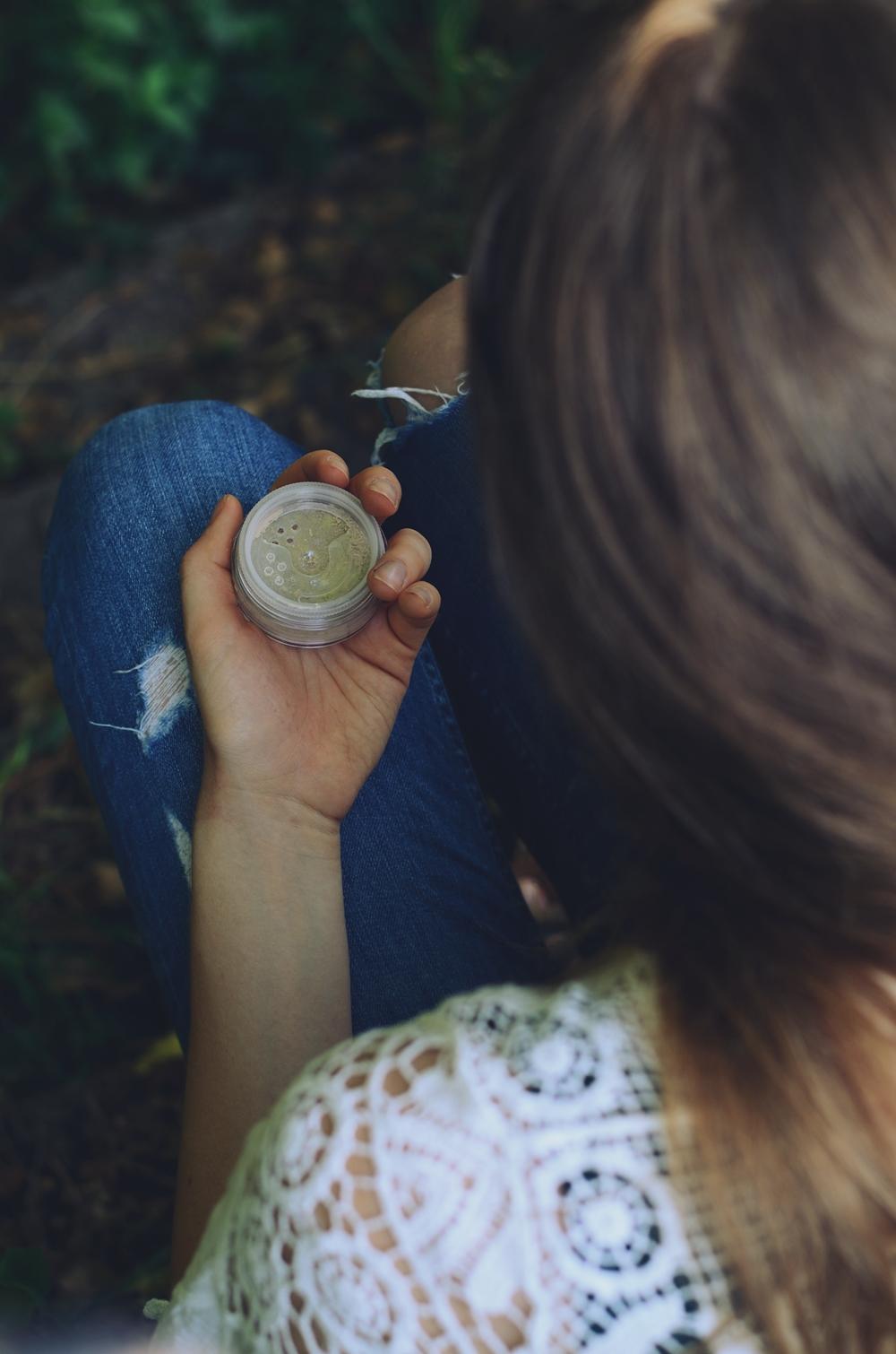 Pełne krycie niedoskonałości? Tylko korektory Annabelle Minerals! | Pełna gama kolorystyczna