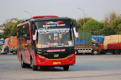 Foto Bus Sudiro Tungga Jaya Kimmoura