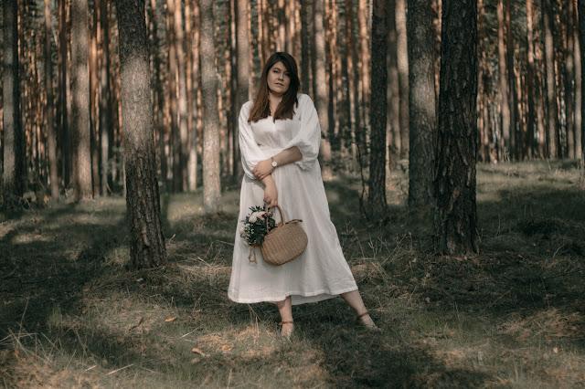 Biała Maxi Sukienka w stylu boho