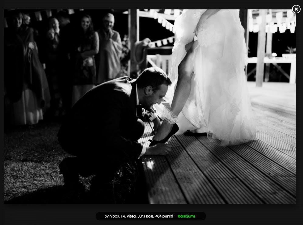 kāzu svinības tradīcija līgavas kājas lente