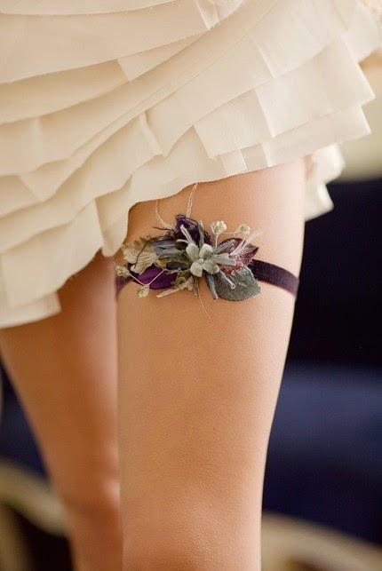 """5a7ce3eab O Blog do Bega  A tradição da liga cinta ou """"wedding garter"""""""