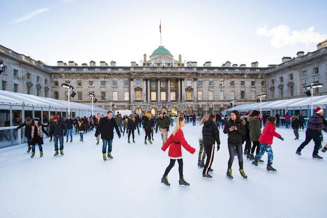 Somerset house-Pista di pattinaggio su ghiaccio-Londra