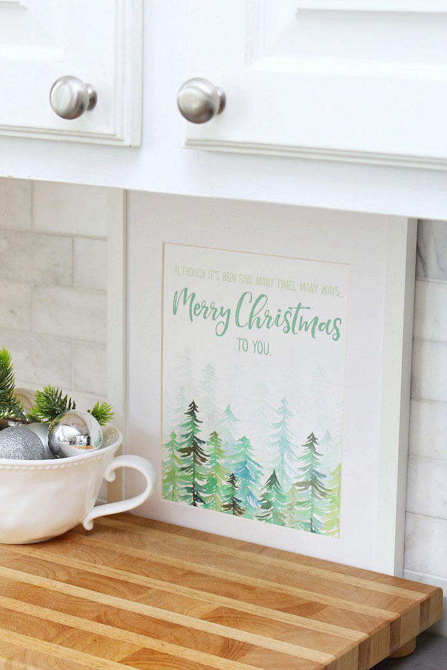 Favorite Free Christmas Printables by Clean and Scentsible featured at Pieced Pastimes