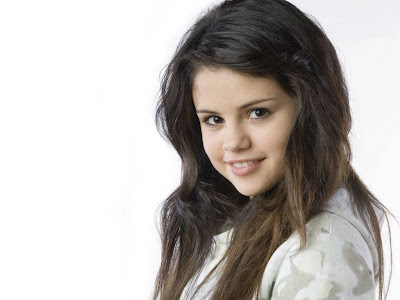 Selena Gomez Standard Resolution HD Wallpaper 2