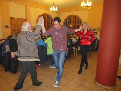 Ε.Ο.Σ.Φ.ΑΡ.Ο. στην κοπή πρωτοχρονιάτικης πίτας  στην ταβέρνα Κένταυροι