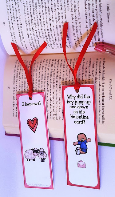 Free printable bookmarks for Valentine's Day