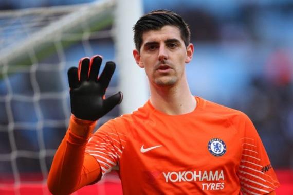 Thibaut Courtois Chelsea goalkeeper