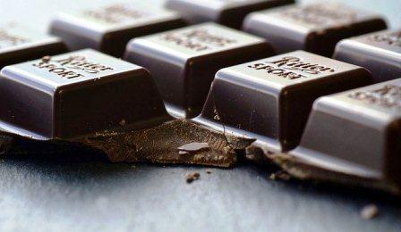 cokelat makanan manis