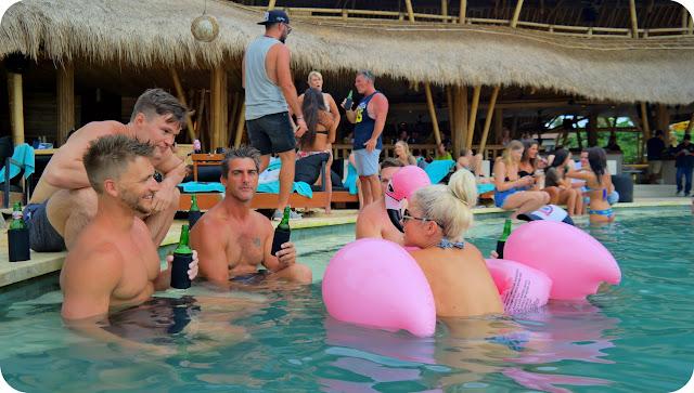 Finn's_Beach_Club_Bali