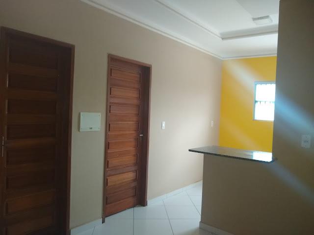 Aluga-se um apartamento no Bairro Sebastião Maltêz em Caraúbas