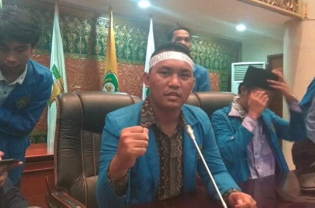Aksi Mahasiswa Universitas Islam Riau Murni Memperjuangkan Hak Rakyat