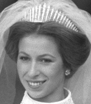 fringe tiara diamond queen mary united kingdom e. wolff & co garrard princess anne