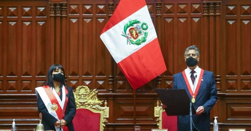 FRANCISCO SAGASTI: Titular del Congreso asume la Presidencia de la República 2020-2021