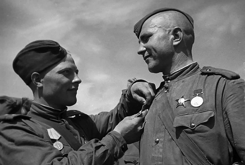 Госдума приняла закон об оскорблении ветеранов