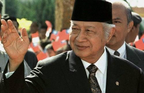 Biografi Soeharto Lengkap, Presiden Indonesia Ke-2 dan Bapak Pembangunan