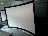 layar proyektor otomatis.jpg