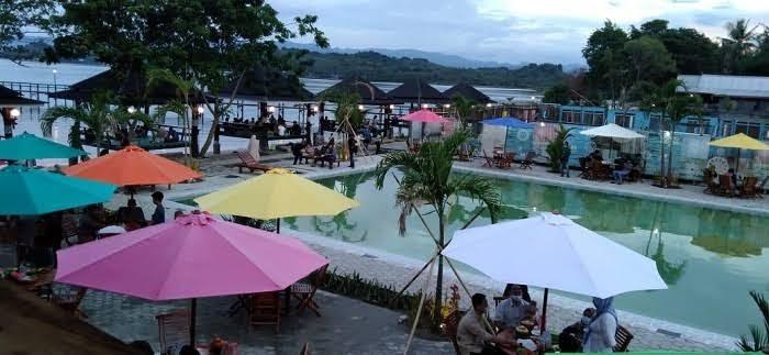 Baru 2021 Inilah Rekomendasi 5 Wisata Pantai Terbaik Di Kabupaten Pinrang Versi Snn Sahabat News Net