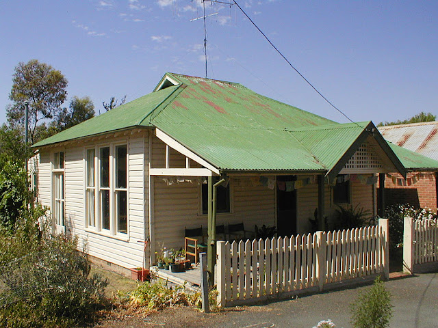 Old house in Bowning, New South Wales, Australia. Photo by Loire Valley Time Travel.