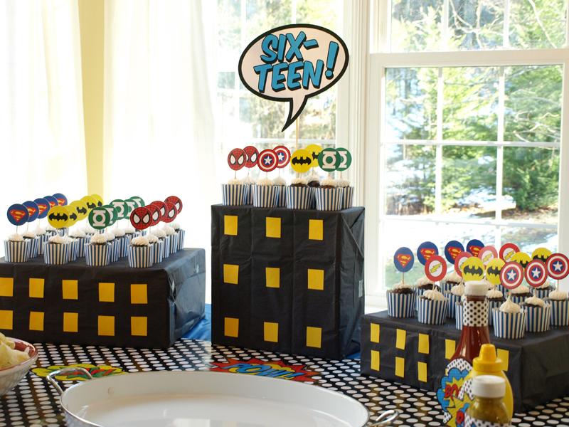 Decoraci n para fiestas de super h roes ideas y material gratis para fiestas y celebraciones - Comidas para cumpleanos en casa ...
