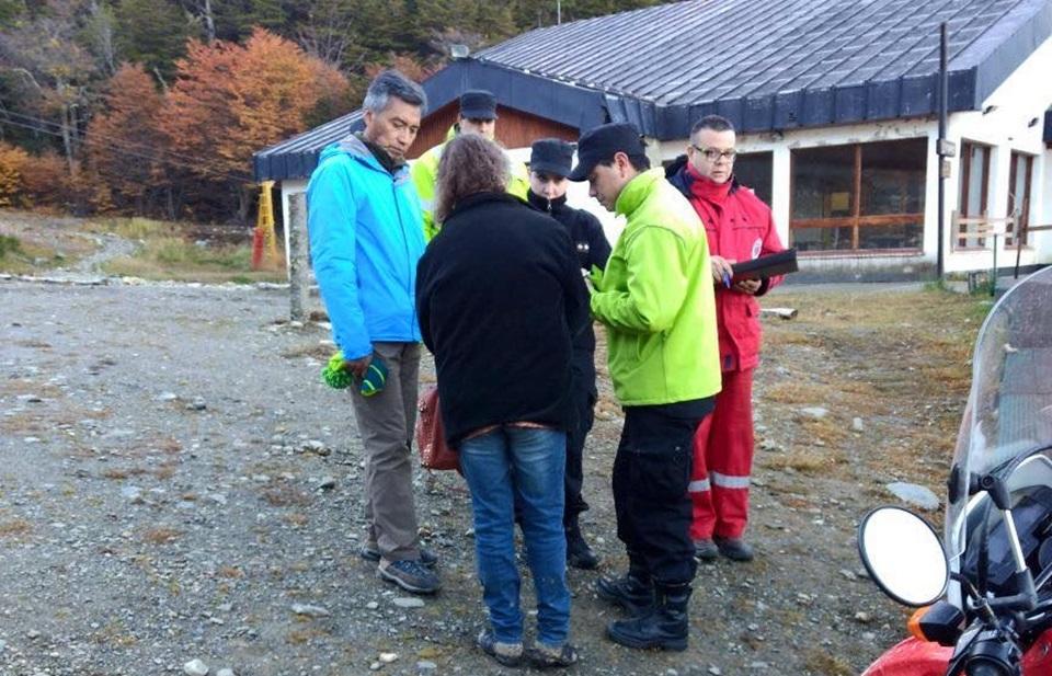 Rescatan menor extraviada en Glaciar Martial