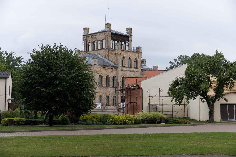 Auce novada pašvaldības administrācijas ēka 1