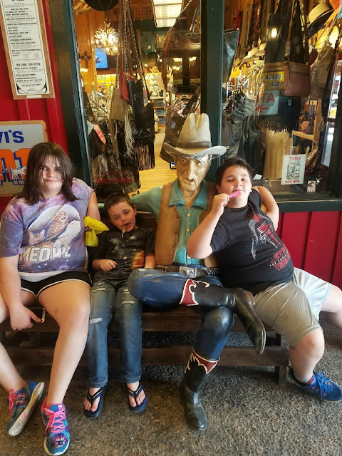 7 Reasons To Visit Wall Drug In South Dakota
