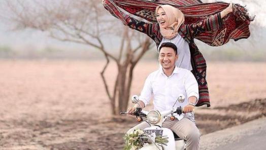 '4 Hal yang Harus Dilakukan Istri Agar Suaminya Peduli'