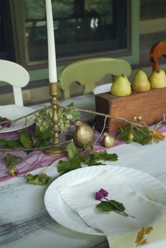 Fall_Tablescape_Outdoor_pears_sugarmold_purple_brass_quail