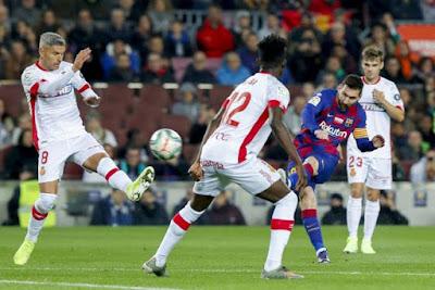 Messi dính chấn thương, Barca lo sốt vó lỡ hẹn tái xuất La Liga 2