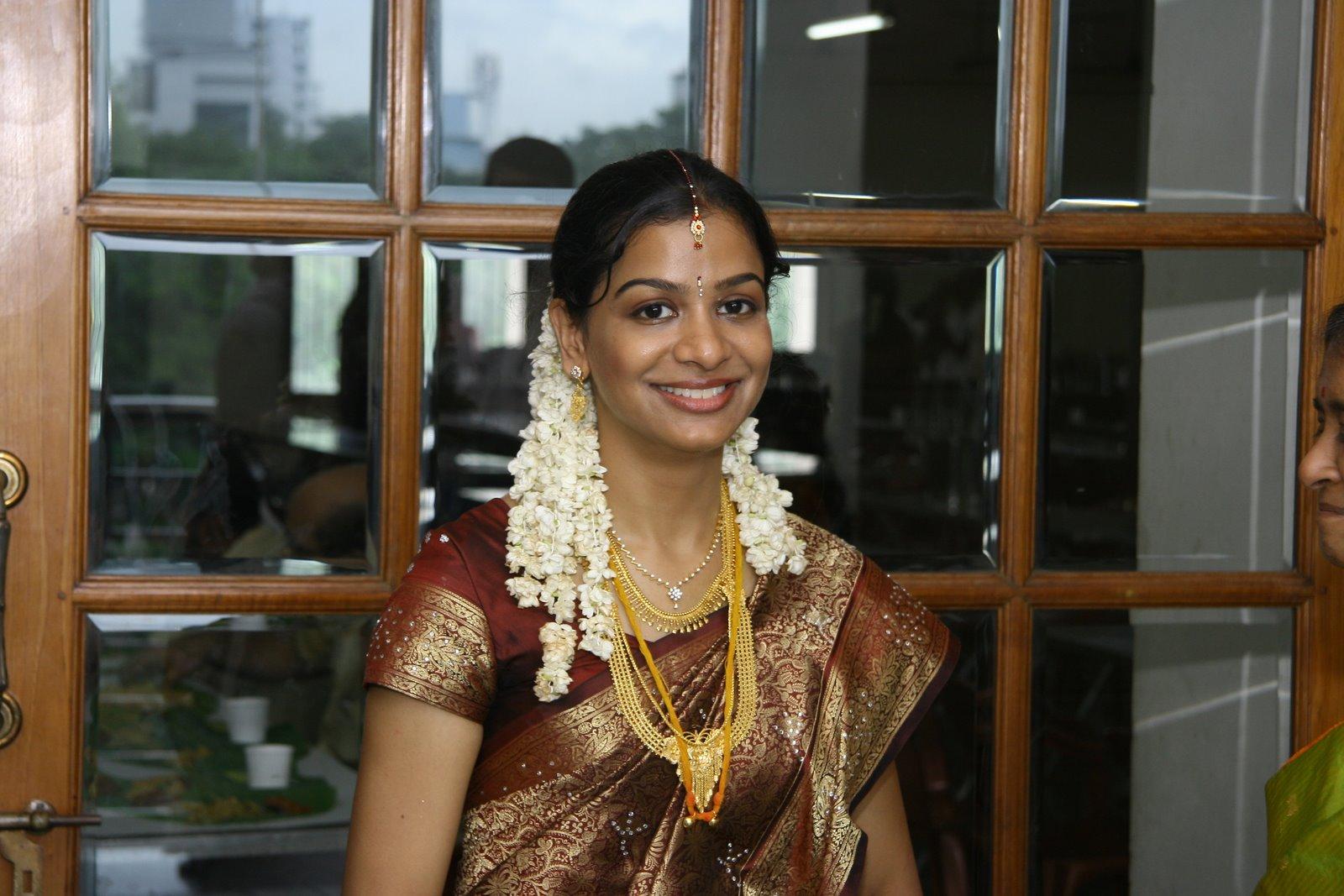 sizzling Indian Girls Public place - Beauty Tamil Nadu