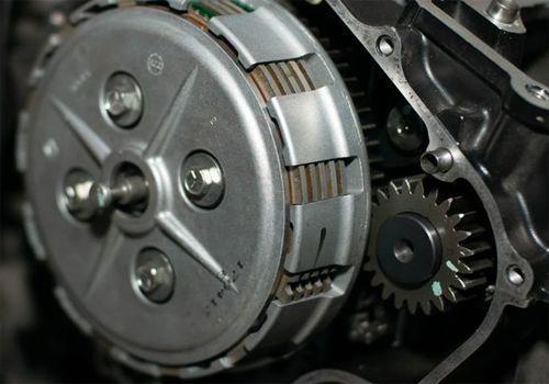 4 Penyebab Kopling Motor Tidak Berfungsi dan Cara Mengatasinya